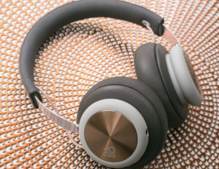 best headphone singapore
