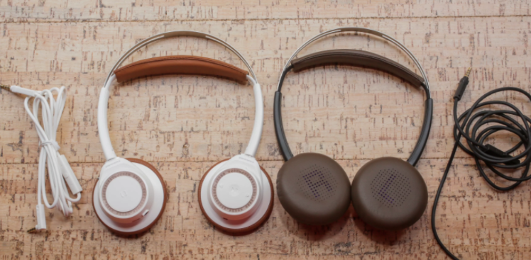 A good pair of headphones is underrated. It's like a mattress, you don't know what you are missing out on until you use a high quality one. When people are buying headphones they look at all the wrong characteristics like design and they overpay for a below par headphone which just looks good but does not offer anything else. Here's what good headphones can do for you Better Focus Headphones are great while working. Some people listen to ambient sounds to give them better focus. If you are using apps like Brain.fm then you need to use high quality headphones that have good noise cancellation features. Better protection for your ears Good headphones also protect your ear drums by giving a rounded sound effect than a direct and sharp sound to your ears. It's also padded for the same effect. Better quality sound Bad headphones means bad music. If you haven't experienced high quality music with high quality headphones then you would just assume there's one type of sound. That's not true. Quality really matters. Based on the research we did these are the top headphones in Singapore for 2018 B & O Play H4 Wireless Headphones Bang & Olfusen have done it again. The B&O Play H4 is a wireless headphone that's worth every penny. Build : The main components of the H4 is Aluminum, Steel and Leather. In the Box : H4 Play Headphones, Audio Cable, USB Cable, Quick Start guide Battery Life : 19 Hours Colors : Tangerine Grey, Charcoal Grey The H4 is a Bluetooth powered headphone that has powerful sound and a simple but classy design. It's supported by a strong metal band that's covered in leather on the outside and cloth on the inside to reduce sweating while wearing it on your neck. The ear cups are foldable and the hinges are aligned for smooth folding. The H4 comes with three buttons on the side of the right ear cup that lets you adjust the volume and also doubles as a microphone for taking calls. The H4 also comes with an International warranty of two years. The charging port is 